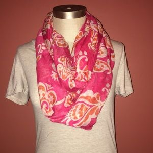 Accessories - NWT Soft Red Paisley Like Patterned Scarf